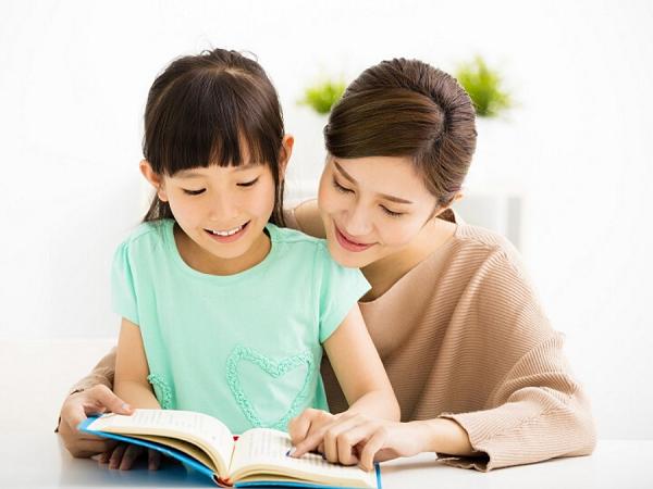 Mách mẹ cách dạy trẻ 5 tuổi học chữ cái nhớ nhanh và nhớ lâu