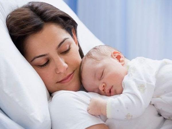 Những điều mẹ cần biết khi chăm sóc trẻ sinh non