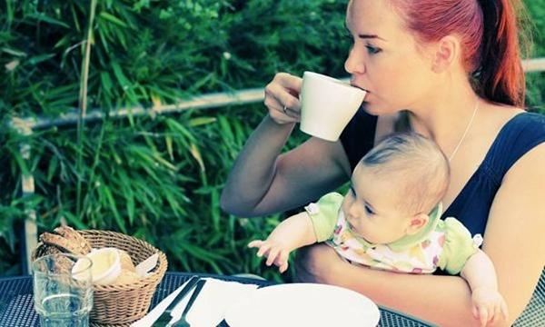 Uống cà phê dê bị mất sữa