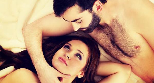 Khi ngoại tình, kĩ năng giường chiếu của vợ cải thiện đáng kể