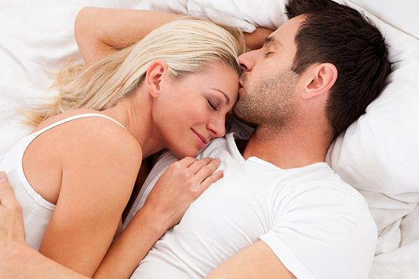 Tập thở sâu và chậm trước khi quan hệ sẽ tốt cho chuyện ấy