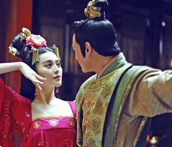 Hoàng Hậu, quý phi sẽ được ưu tiên thị tẩm