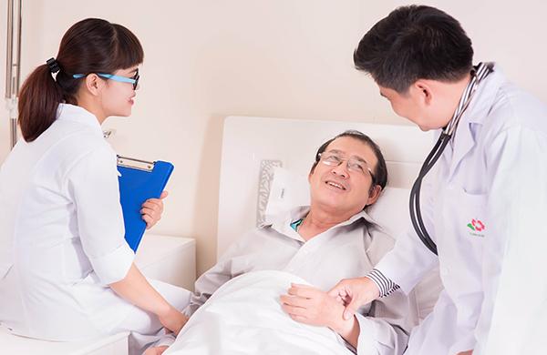 Người bệnh cần đi thăm khám thường xuyên