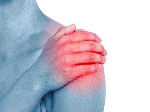 Đau khớp vai trái: Nguyên nhân và cách điều trị