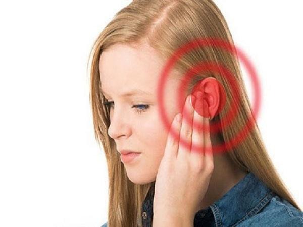 Ù tai sau sinh – Triệu chứng nguy hiểm chị em không nên chủ quan