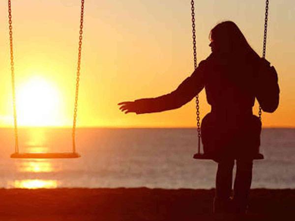 Đợi chờ một người không yêu mình chỉ toàn nhận lấy đau khổ