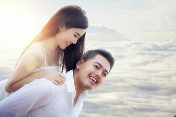 Đàn ông sợ vợ luôn muốn vợ vui vẻ, sợ cô ấy buồn