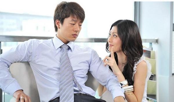 Vợ chồng nhường nhịn nhau thì sẽ êm ấm