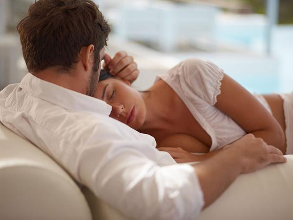 Sau mỗi cuộc yêu nếu đôi bạn càng ngày càng gắn kết có nghĩa là chàng yêu bạn rất nhiều
