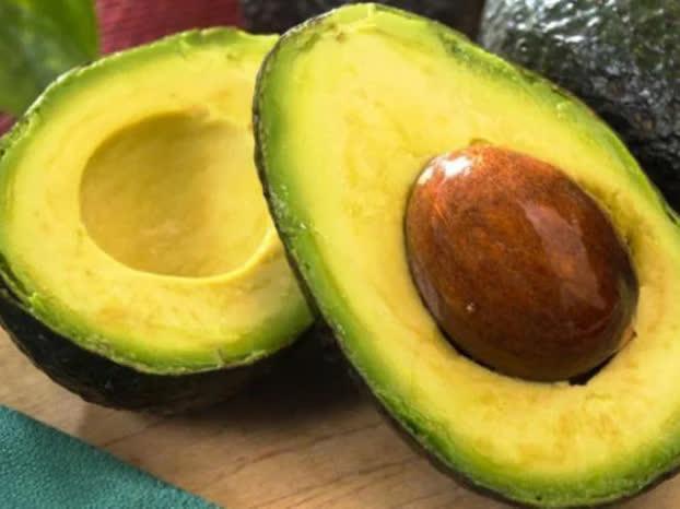 5 loại trái cây giúp ngừa lão hóa, nên ăn mỗi ngày để đẹp từ trong ra ngoài - Ảnh 2