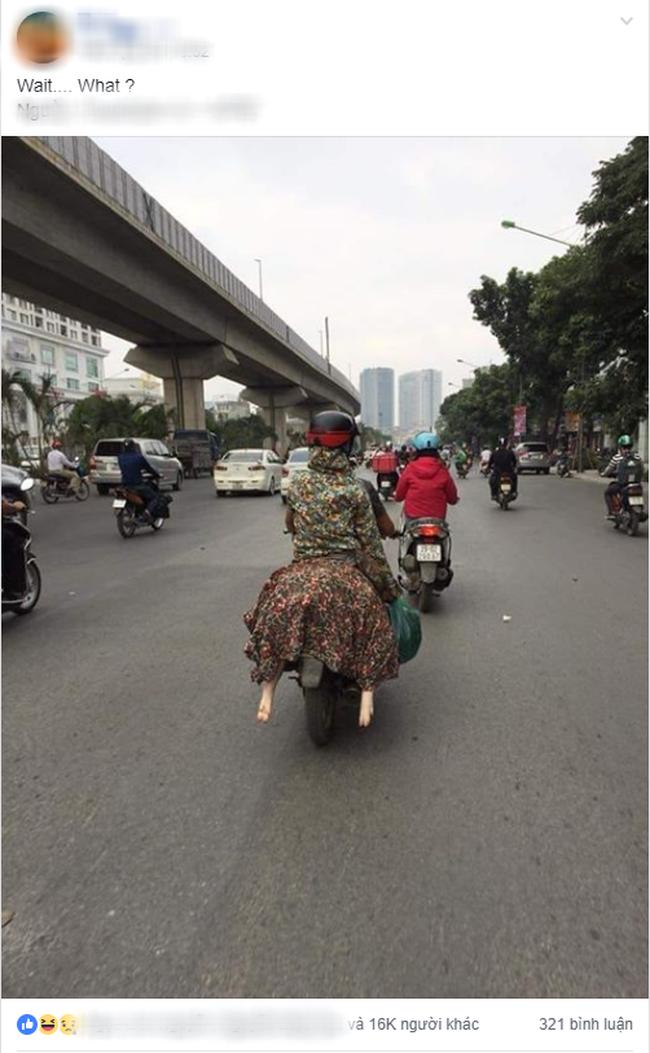 Người phụ nữ đi xe máy bịt kín như Ninja, nhưng chiếc áo mặc ngược cùng chiếc mũ bảo hiểm kì lạ mới khiến người đi đường choáng - Ảnh 2