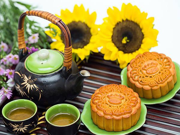 Chia sẻ cách làm bánh trung thu nướng thơm ngon vàng rộm