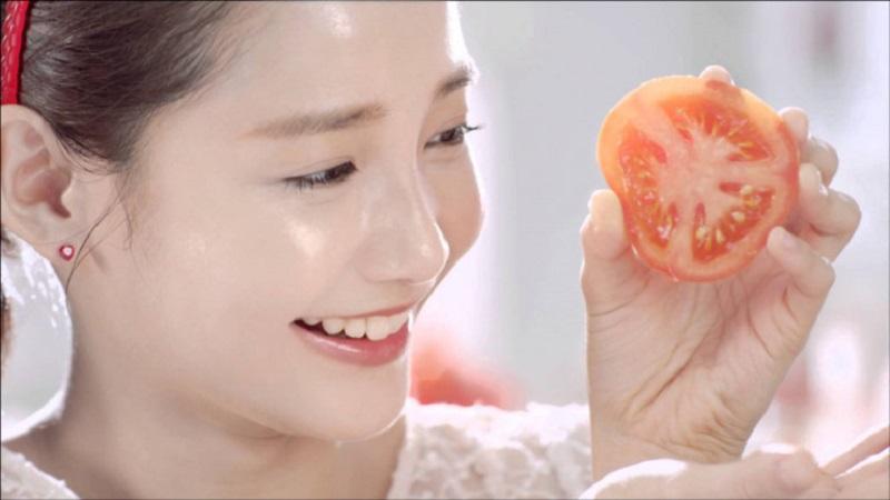 Chia sẻ cách làm trắng da mặt bằng cà chua hiệu quả nhất
