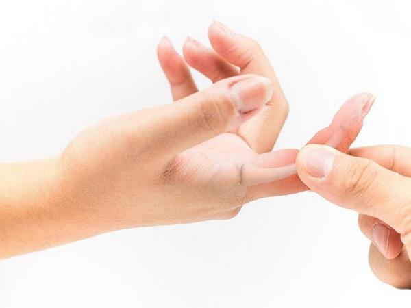 Đau khớp ngón tay trỏ: Bệnh nhỏ trở ngại lớn