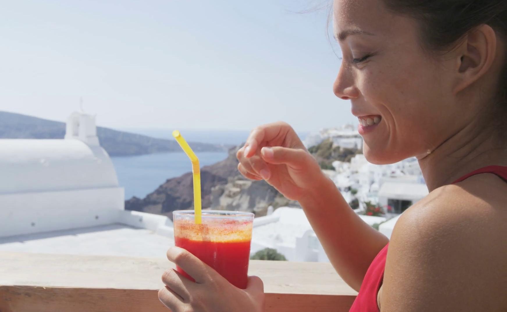 5 phút có ngay nước uống làm đẹp da thanh nhiệt mùa hè cực dễ làm