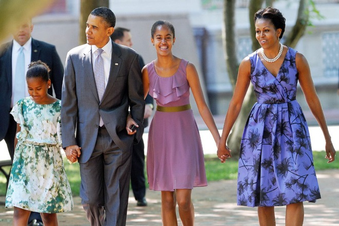 Không xem tivi và đi ngủ lúc 8h tối - Cách dạy con của vợ chồng Obama