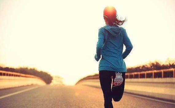 Cứ duy trì '3 không' khi dậy sớm, '3 không' trước khi đi ngủ đảm bảo sẽ khỏe mạnh sống lâu - Ảnh 1