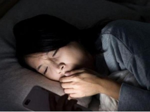 3 thói quen trước khi ngủ đang âm thầm rút ngắn tuổi thọ của bạn - Ảnh 2