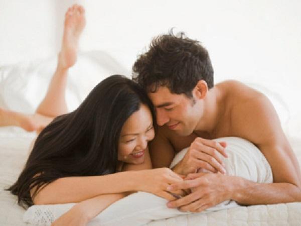 Những câu nói 'cấm kỵ' trên giường mà bạn không nên nói với bạn tình, đặc biệt câu thứ 2 sẽ khiến chồng 'tụt hứng' ngay lập tức