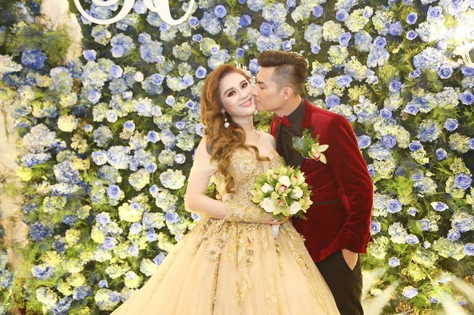 Nhìn lại những khoảnh khắc vui tươi nhưng đầy xúc động trong đám cưới Lâm Khánh Chi: Ai cũng xứng đáng có được hạnh phúc! - Ảnh 9