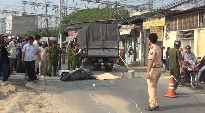 Cô gái 20 tuổi chết thảm dưới bánh xe tải trên đường phố Sài Gòn - Ảnh 2