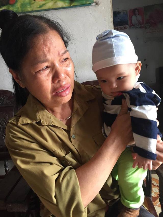 Mẹ bỏ đi, bố bị u não, bé gần 5 tháng tuổi ngằn ngặt khóc vì khát sữa - Ảnh 5