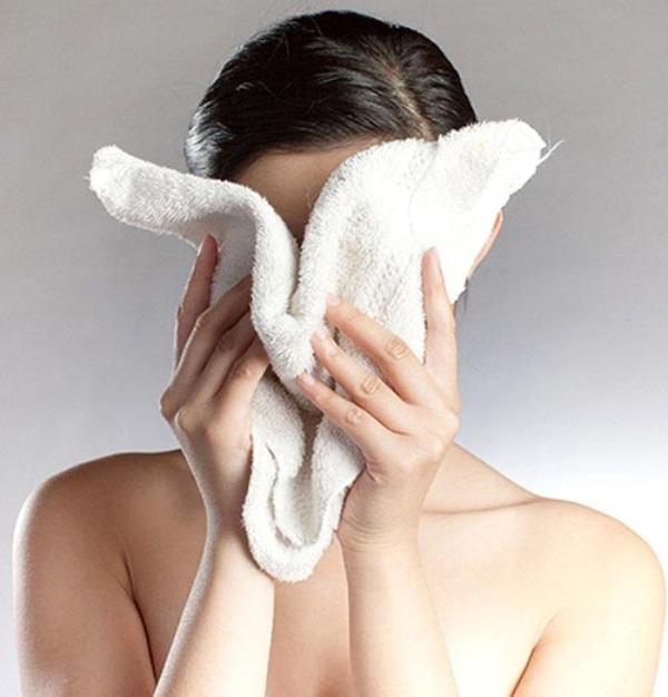 Tham khảo 3 bước rửa mặt của gái Hàn giúp da không còn khô hay nứt nẻ vào mùa Đông - Ảnh 2