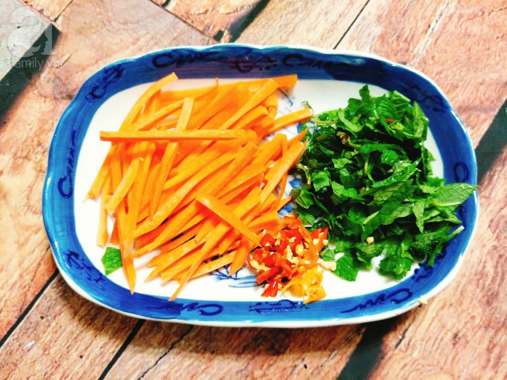 Gỏi gà bắp cải làm rất nhanh ăn lại ngon cực kỳ - Ảnh 2