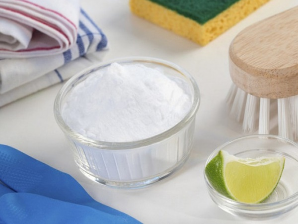 Nếu thử loạt sản phẩm mà vẫn chưa khỏi mụn, các nàng hãy thử dùng baking soda xem sao!