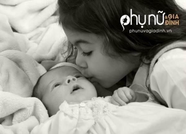 Mẹ nào có hai con, hãy đọc bài viết này trước khi quá muộn - Ảnh 1