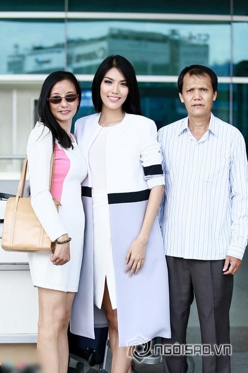 Cha mẹ Lan Khuê đều đang là giảng viên Đại học.