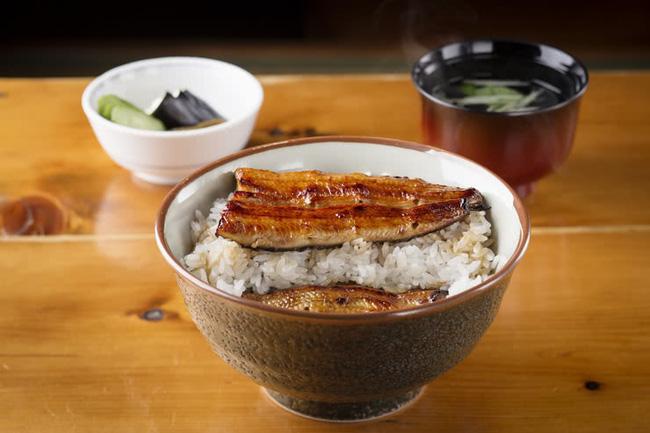 Không phải sữa, đây mới là món ăn được người Nhật ưa chuộng vì cực giàu canxi giúp xương chắc khỏe, chợ Việt Nam bán nhiều - Ảnh 1