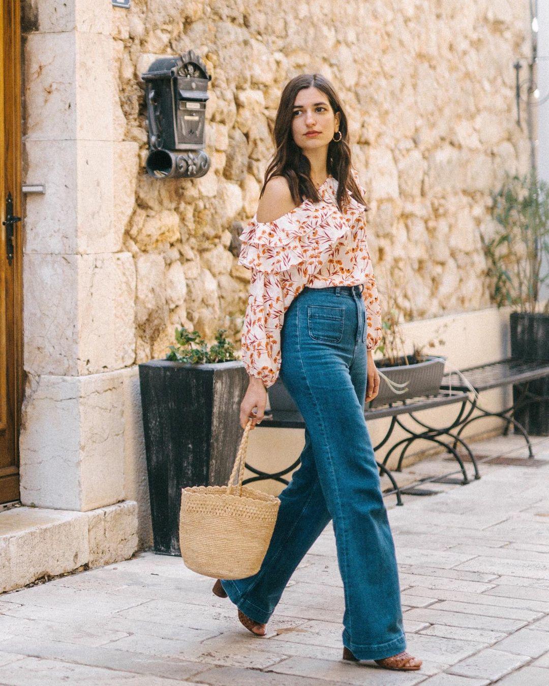 Quý cô người Pháp có style chuẩn nàng thơ: Không thể sống thiếu váy quấn, diện đồ 'hoa lá hẹ' mà vẫn rất mực tinh tế - Ảnh 12