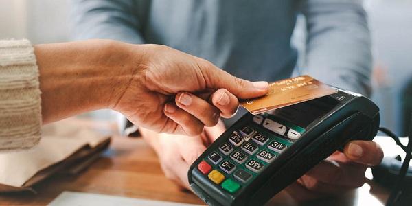 8 quan niệm sai lầm về tiền bạc khiến người nghèo mãi nghèo - Ảnh 1