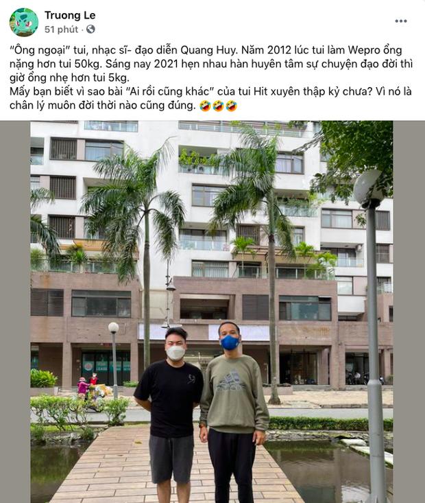 Sốc với hỉnh ảnh 'ông bầu' Quang Huy hậu giảm 30 ký, quần áo thùng thình rộng hết cả ra giống như mặc đồ của người khác - Ảnh 1