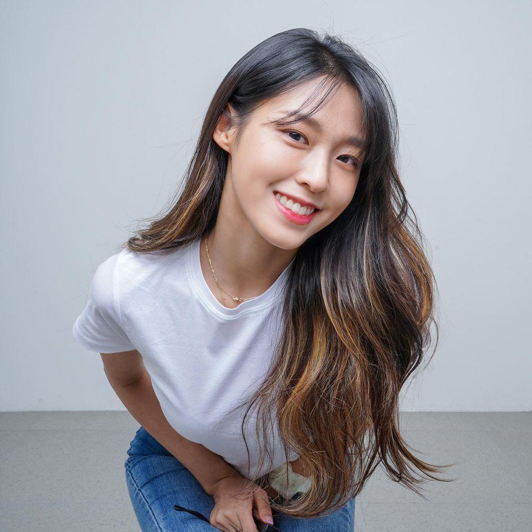 4 xu hướng nhuộm tóc mùa thu của sao Hàn: Toàn màu tôn da, thanh lịch hợp công sở - Ảnh 3