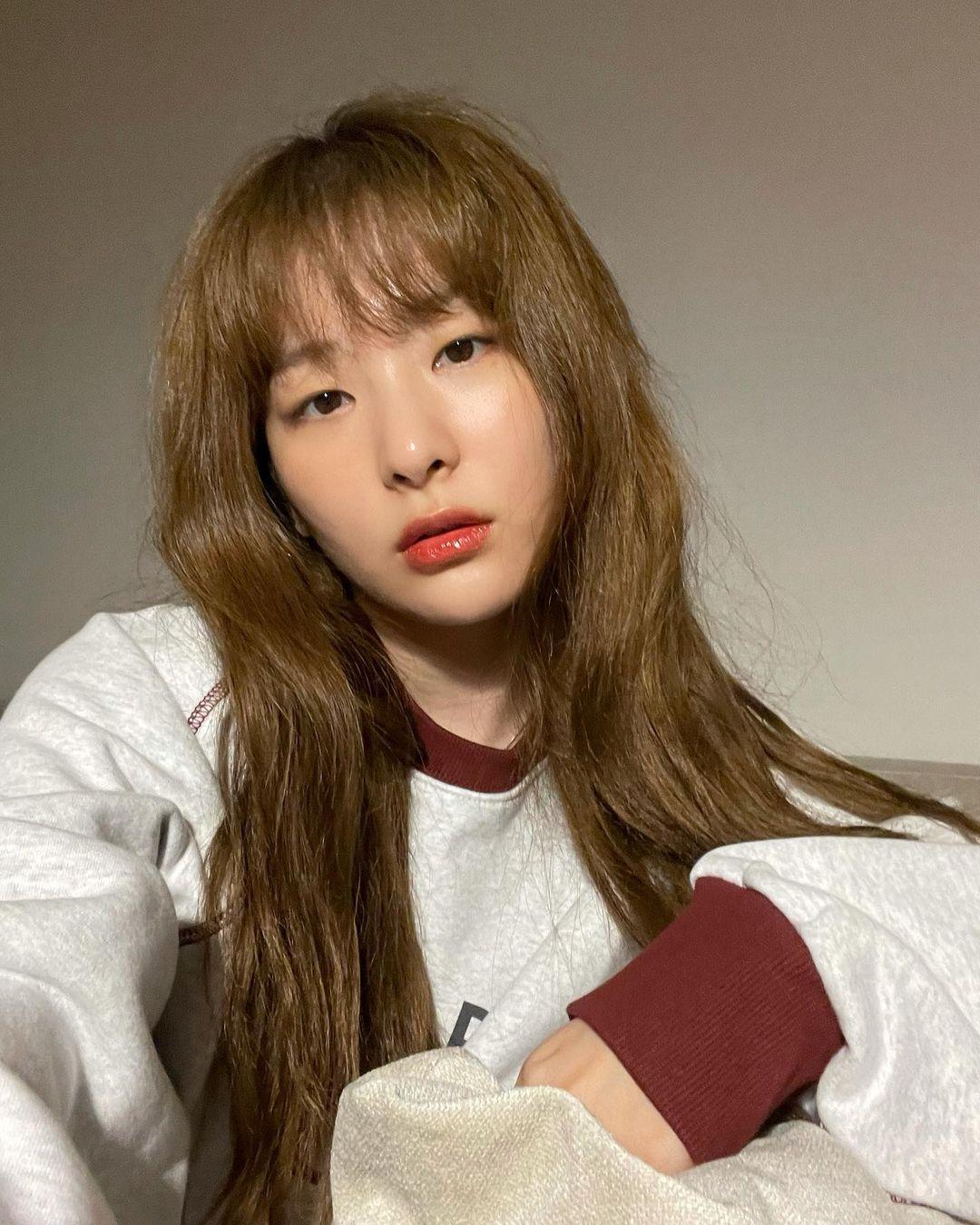 4 xu hướng nhuộm tóc mùa thu của sao Hàn: Toàn màu tôn da, thanh lịch hợp công sở - Ảnh 6