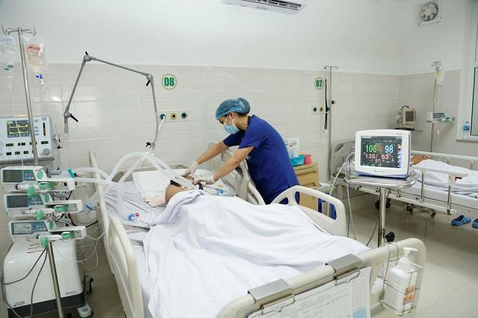 Sai lầm khiến bệnh sốt xuất huyết diễn biễn nguy hiểm, bác sĩ cảnh báo khi có dấu hiệu này cần đi khám ngay - Ảnh 2