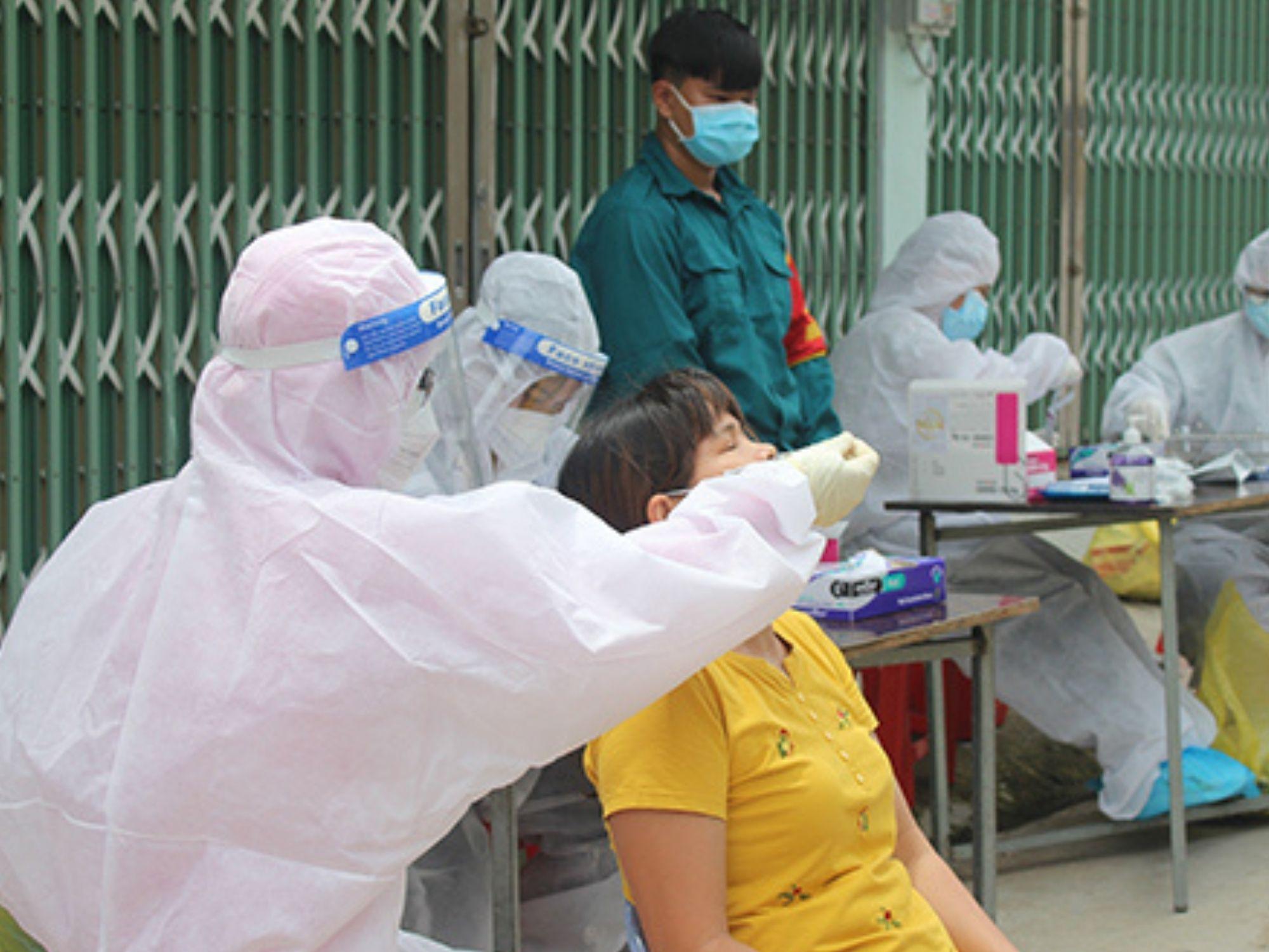 Đồng Nai vừa gỡ phong tỏa được 5 ngày đã phát hiện 50 ca dương tính mới trong một phường