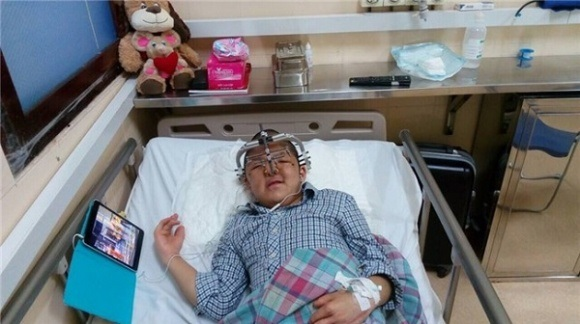 Hành trình chữa bệnh đầy nước mắt cho con của loạt sao Việt - Ảnh 2