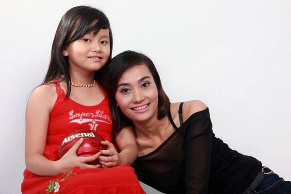 Hành trình chữa bệnh đầy nước mắt cho con của loạt sao Việt - Ảnh 4