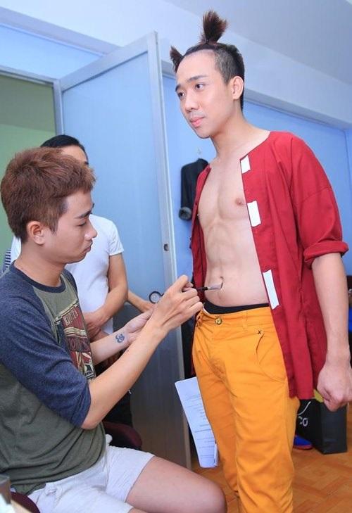 Hari Won đã 'vỗ béo' Trấn Thành từ cằm V-line thành 'mặt nọng' thế nào? - Ảnh 2