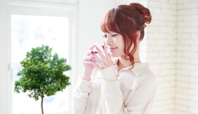 Phụ nữ Nhật có làn da đẹp hoàn mỹ là nhờ uống đúng loại nước này vào mỗi sáng khi thức dậy - Ảnh 2