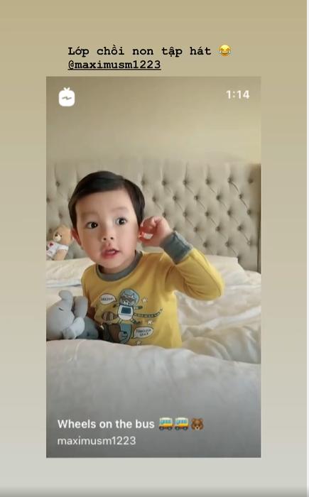 Đi Mỹ chữa bệnh 1 năm, HH Phạm Hương đã có con trai lớn phổng phao, cuộc sống viên mãn vạn người mê - Ảnh 1