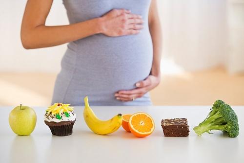 Bổ sung thức ăn nhiều sắt để mẹ không thiếu máu ở tháng thứ 7 thai kì