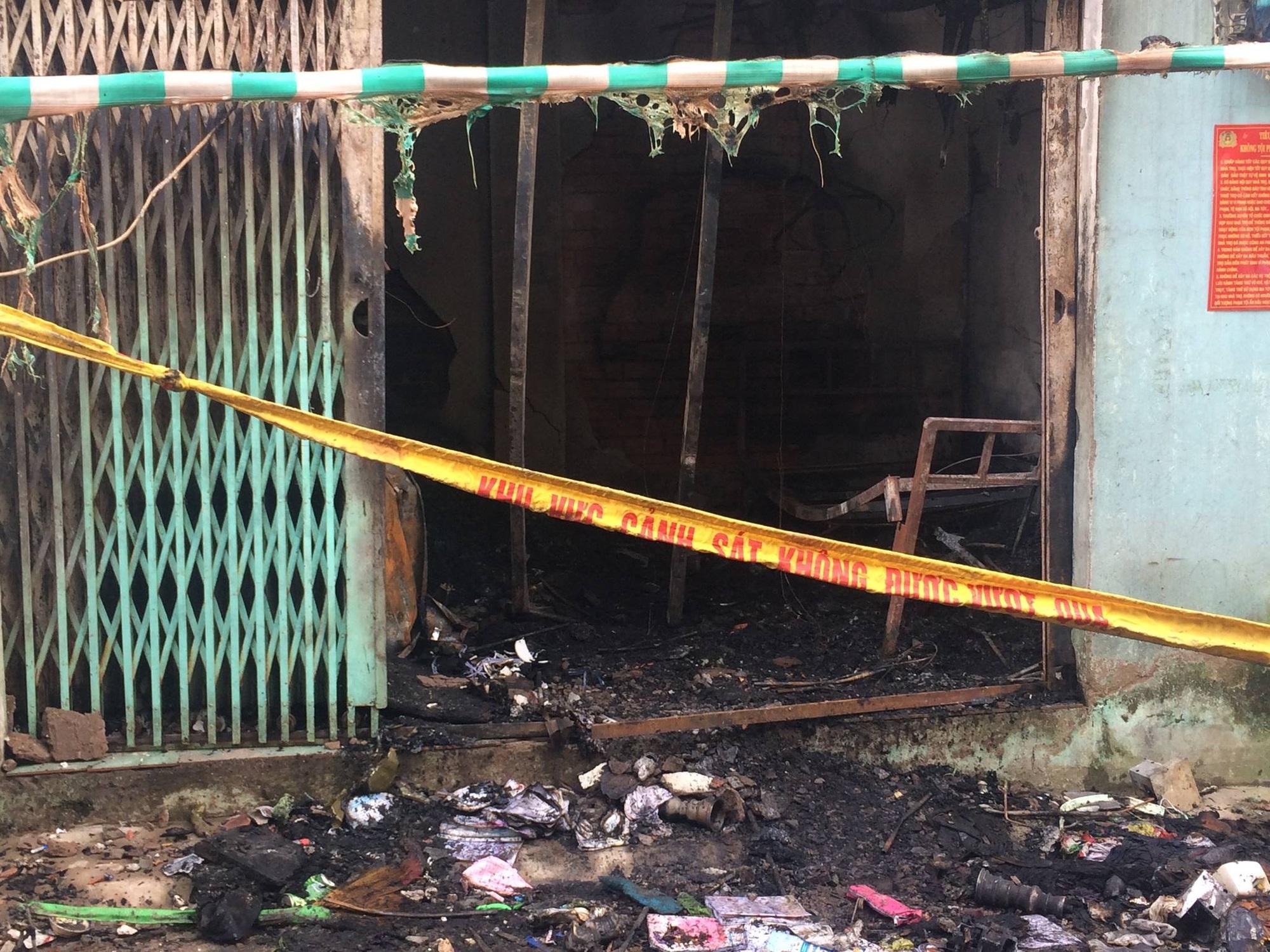Vụ hỏa hoạn khiến 6 người thương vong tại TP. HCM: Người thân bất lực nhìn 2 bà cháu kêu cứu rồi chết cháy trong nhà - Ảnh 4