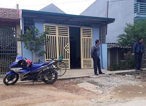 Đang dựng lại hiện trường vụ bé 20 ngày tuổi bị sát hại ở Thanh Hóa - Ảnh 1