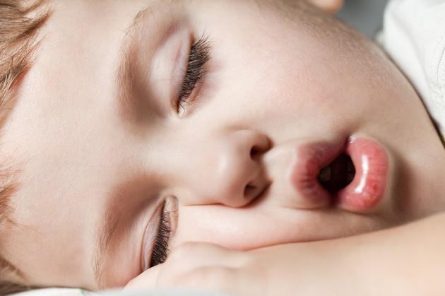 3 bước ma thuật giúp con đi ngủ dễ dàng để bố mẹ có thể dành thời gian cho bản thân - Ảnh 1