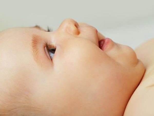 8 dấu hiệu cảnh báo trẻ chậm phát triển từ khi mới lọt lòng mẹ