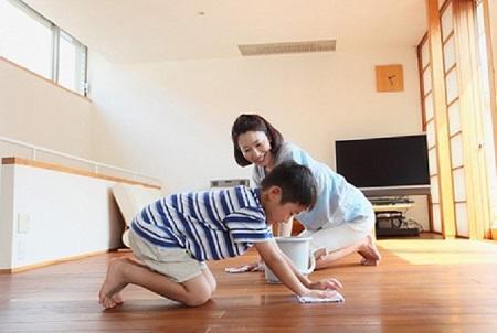 Bác sĩ Da liễu Trung ương mách mẹ cách chăm sóc viêm da cơ địa ở trẻ - Ảnh 4